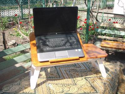 Накроватный столик для ноутбука двухцветный под прованс