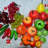 Плоды, овощи, фрукты на проволоке для декора