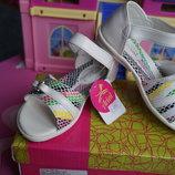 Босоножки для девочки, белый цвет, новые, 26,28 размер