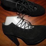 Дорогие туфли на широком каблуке и на танкетке Натуральная,качественная замша Размер 39,стелька 25,5