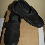 Кеди стильні фірмові Clarks DOODLES Оригінал Вєтнам р.9,5 стелька 17,5 см
