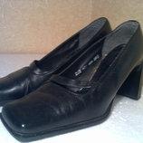 Туфли женские размер 37, б/у
