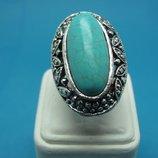 Очаровательное крупное кольцо с бирюзой