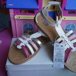 Босоножки для девочки, разноцветные,кожаные,новые, 29,30,31,33,34,35 размер