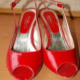 босоножки красные на каблуке Pittarello, р. 39, итальянские