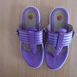 босоножки детские вьетнамки шлепанцы 19,3 см стелька Clarks Кларкс фиолетовые