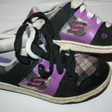 Фирменные кроссовки SKECHERS р-31 в хорошем состоянии
