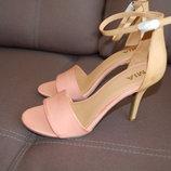 босоножки MIA, на каблуке с застежкой на щиколотке, бежевые, 40, новые