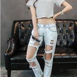 джинсы РВАНые женские - хит- -бойфренд- джинс