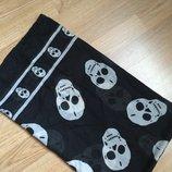 Фирменный платок с черепками