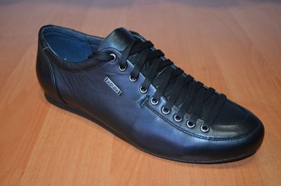 Мужские кожаные туфли.Молодежные туфли.