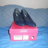 Туфли Plato синего цвета лакированные новые р.36