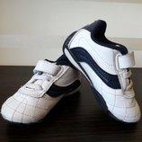 Белые стильные кожаные кроссовки Londsdale 13,5 см стелька, UK 5, EU 21,5