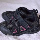 Продам кроссовки Karrimor,размер 24