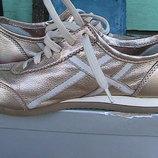 туфли кроссовки кожаные 38р Geox - золотые