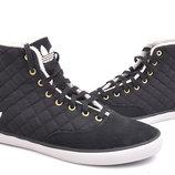 Утеплені черевики Adidas 40.5. Оригінал