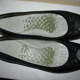 Балетки стильні брендові шкіряні Clarks Cushion Soft Оригінал Німеччина р.7 стелька 26,3 см