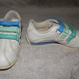 Белые кроссовки Clarks Cica унисекс. Размер 9 F.