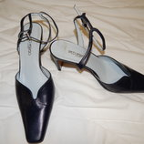 Темно-синие кожаные туфли Paco Herrero. Размер 39,5.
