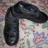 Фірмові шкіряні туфлі для хлопчика 37р - 23.5 см., Bootleg.