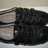 Нові Стильні шкіряні туфлі ECCO Оригінал Португалія р.38 стелька 25 см