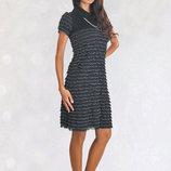 Маленькое черное платье, рюшка, S-ка