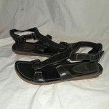 босоножки кожаные clarks 37-38 размер по стельке24-24,5см кожаные новые без коробки