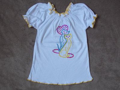 Новые нарядные блузки с вышивкой в наличии