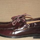 Эффектные лакированные темно-коричневые туфли в стиле топсайдеров. Asos. Англия. 12 р.