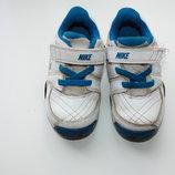 Кроссовки кожаные фирмы NIKE р-8 25,5 в хорошем состоянии