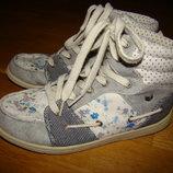 Демисезонные ботинки сникерсы I loveNext р.2 на 35 22 см по стельке