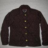 красивая стёганая бордовая демисезонная куртка на 7-8 лет