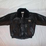 Демисезонная куртка на 6-8 лет