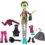 Кукла Monster High I Love Fashion Iris Clops Айрис Клопс Я люблю моду
