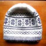Милая,теплая,зимняя шапочка для девочки,девушки из натуральной ангоры . р 43-50