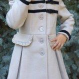 Детское кашемировое пальто с рюшами