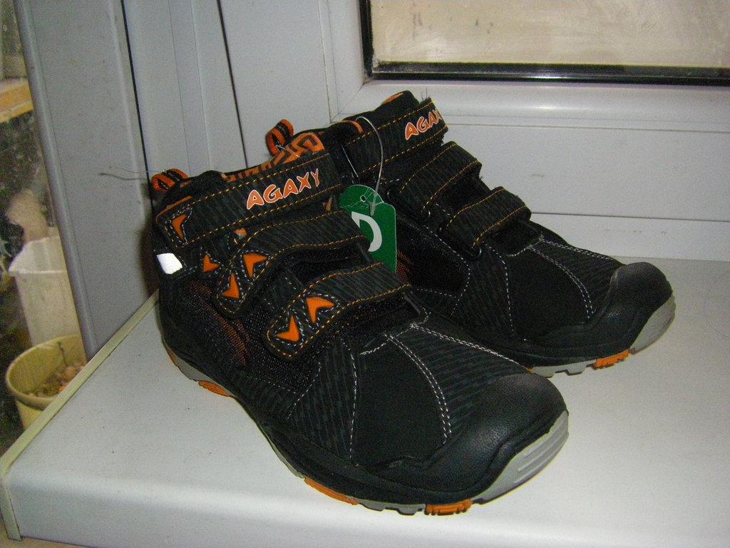 Шикарные ботинки спортивного типа AGAXY и Коламбия 33-35 р.  590 грн ... 1fe5890c821