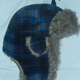 Новая фирменная шапка-ушанка унисекс примерно на голову 56-58 см