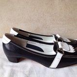 Итальянские кожаные туфли лоферы Gero 37,5