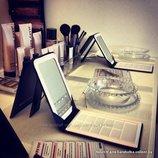 Компактное розовое зеркало и косметичка от Мери Кей, пересылка 8 грн