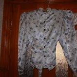продам красивую блузку на разм 44-46 или M-L, очень интересный покрой и расцветка, пересылаю
