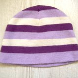 Фирменная акриловая шапка на 3-4 года
