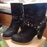 Зимние ботинки- лазерная кожа р-р 36,5