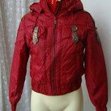 Куртка женская теплая демисезонная капюшон р.44 3896