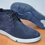 Зимние ботинки с натуральных кожи и меха.
