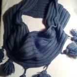 Оригинальный шарф хомут снуд с бубончиками