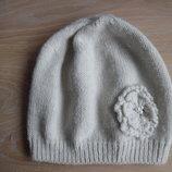шапка берет деми 4-12 лет F&F осень весна девочке беж серая цветок бусинки пишет 1 размер