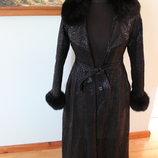 Шкіряне пальто Trussardi