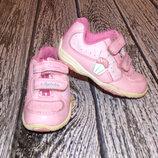Красивые кроссовки Clarks с мигалками для девочки, размер 4F 13 см