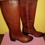 Продам зимние кожаные сапоги Carlo Pazolini на натуральной овчине раз 40 по стельке 26.5см